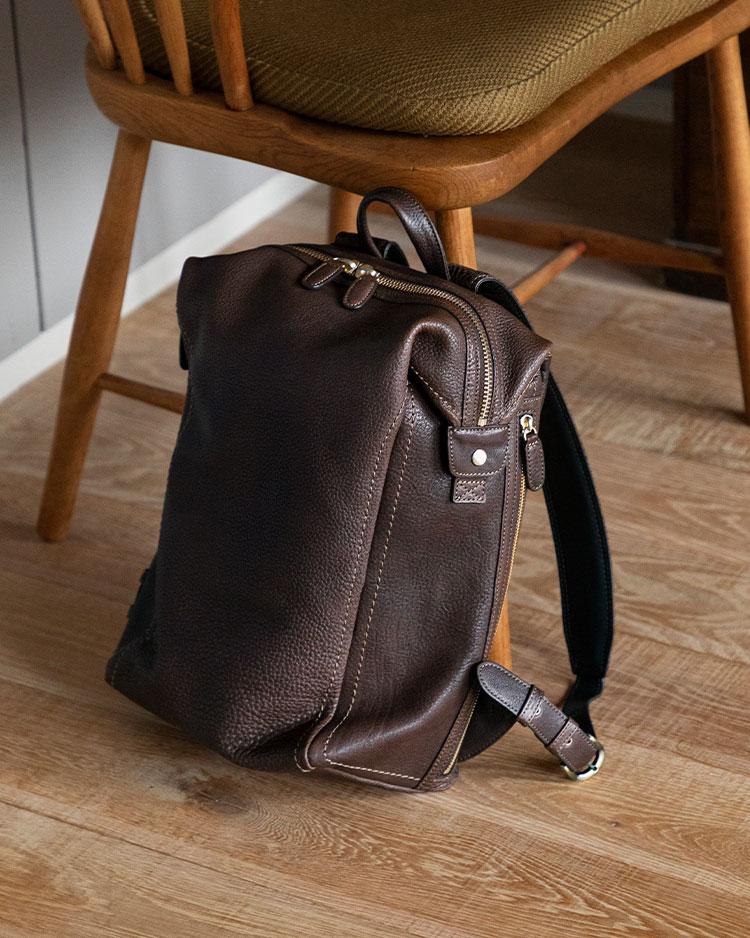 土屋鞄製造所のトーンオイルヌメ ソフトミディアムバックパックの画像